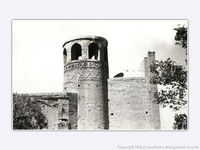 عکسي بسيار قديمي از مناره و مسجد ميدان ساوه